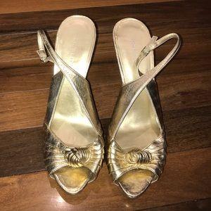 Nine West Size 10 Gold Open Toe Sling Back Heels